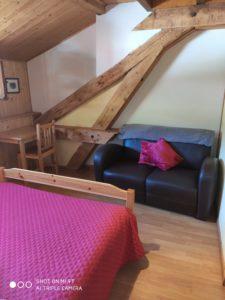 chambre 4 - le vieux café - location de tourisme à Bernex